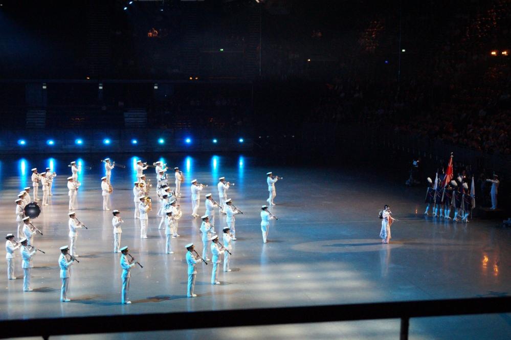 Japan Maritime Self-Defence Force Band, Tokyo, med sangsolist Yukari Miyake